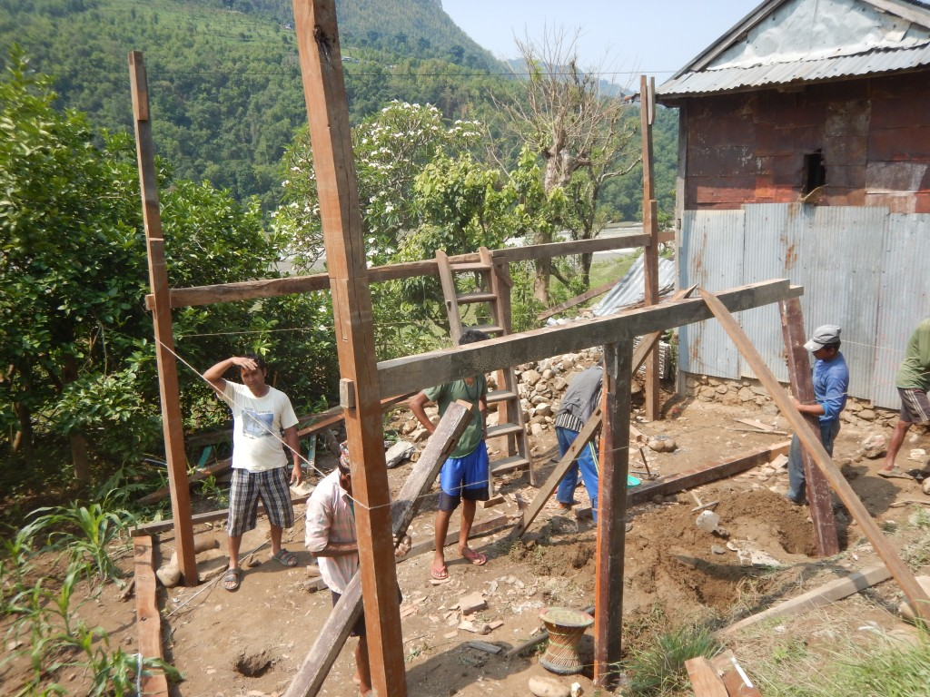 Dhading_Nepal_Temporary_House_Eartquake